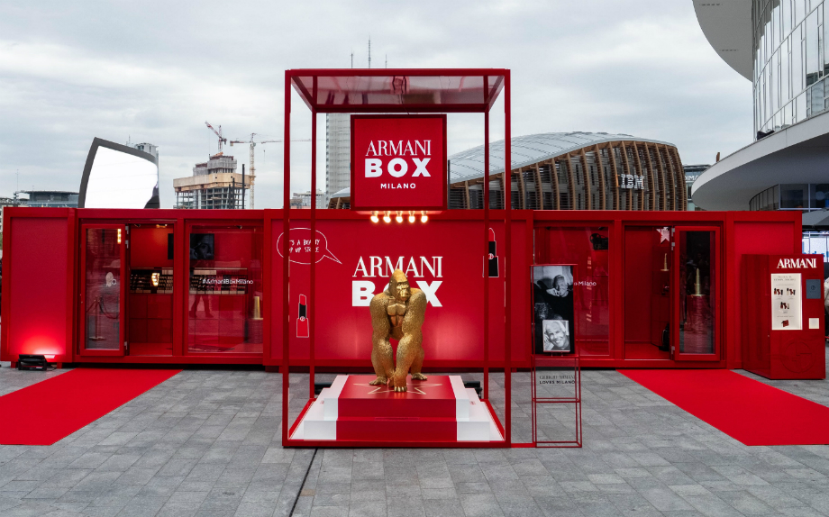 Armani Pop Up Store a Milano